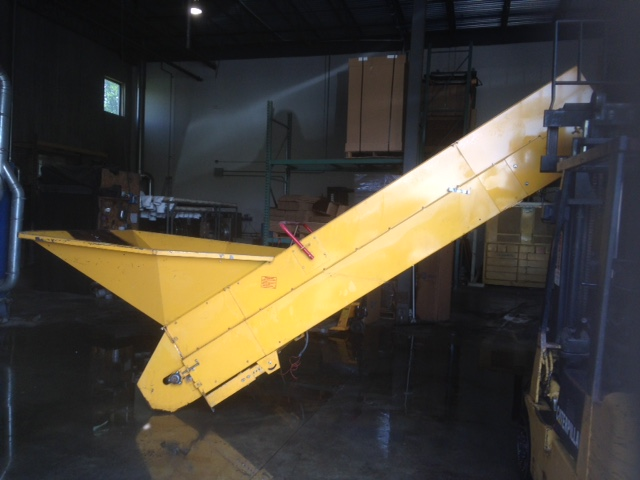 48″ wide feed conveyor for model 1060 (T60XD) baler